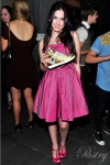 Ryan Newman posing with the Gold Glam Pie Glitter at Coco's Sweet 16